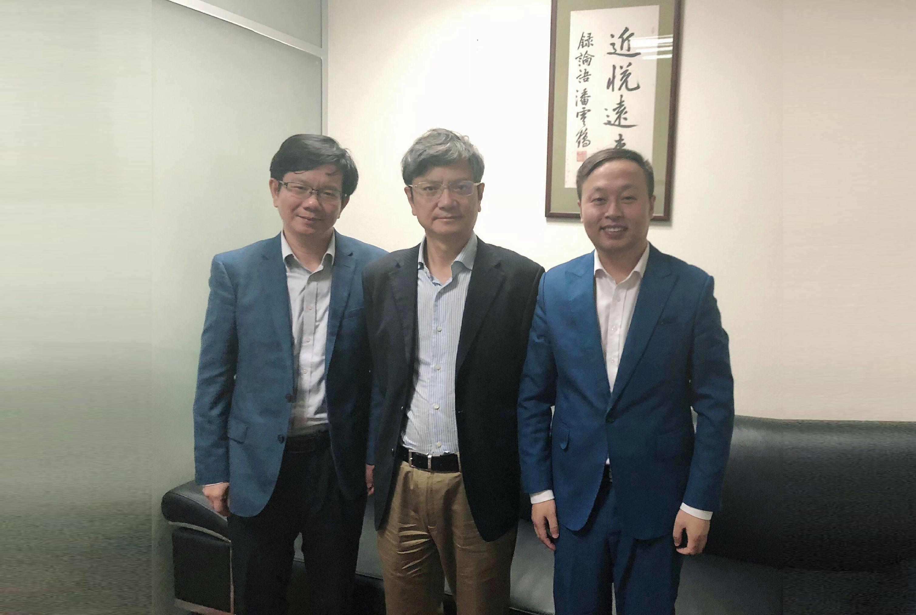 唐正荣走进浙江大学,与郑强书记畅谈校企合作