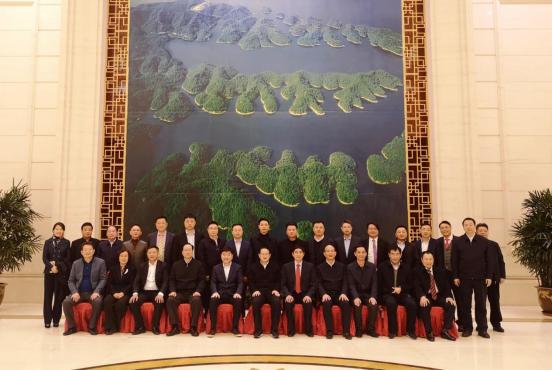 江西省委省政府领导会见唐正荣等23位赣商企业家代表
