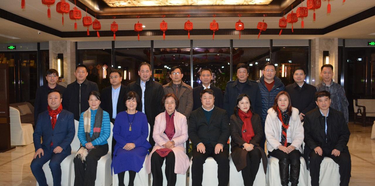吴忠琼副省长率队看望葫芦娃集团创始人唐正荣等在浙赣商