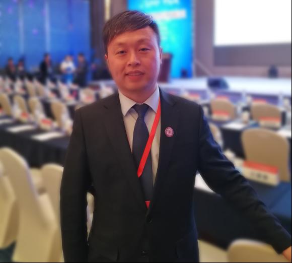 葫芦娃集团唐正荣应邀参加资本市场与实体经济发展论坛810.png
